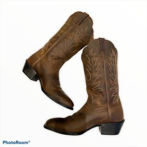ARIAT Heritage R Toe Western Cowboy Boot SZ 6B NEW